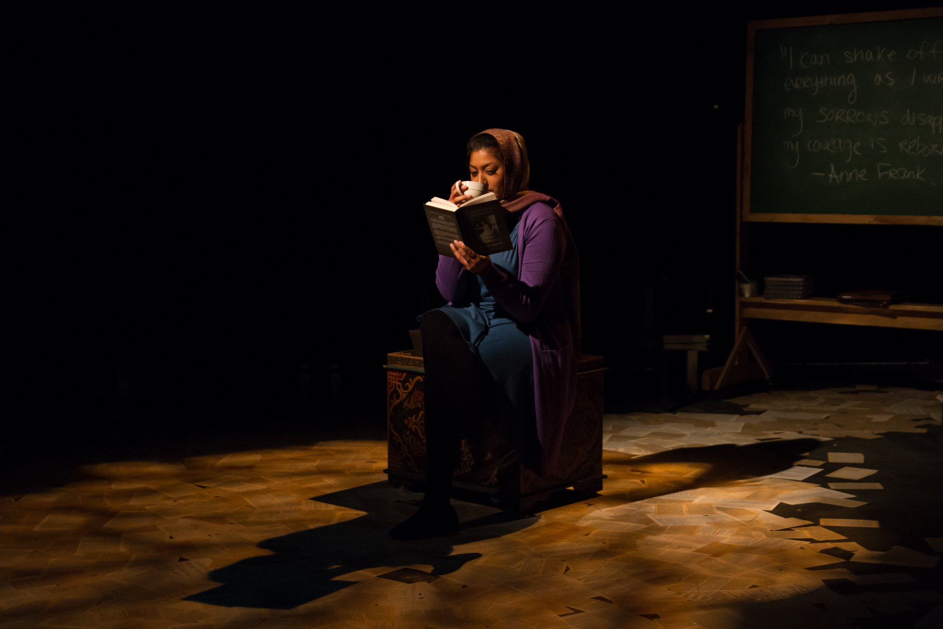 Geetee reads Anne Frank